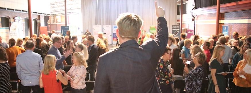 Mingelbilder från Världens bästa företag 2023 i Malmö