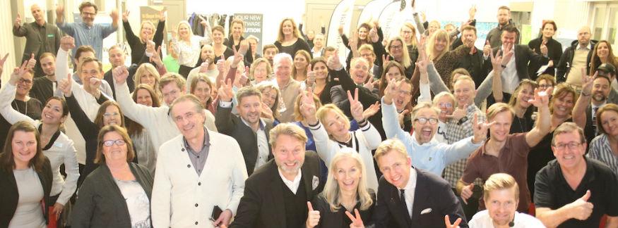 Mingelbilder från Världens bästa företag 2023 i norra Stockholm