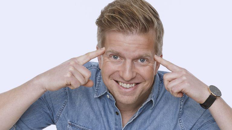 Spara 126 arbetsdagar per år med Gustaf Oscarson på Business Hacks