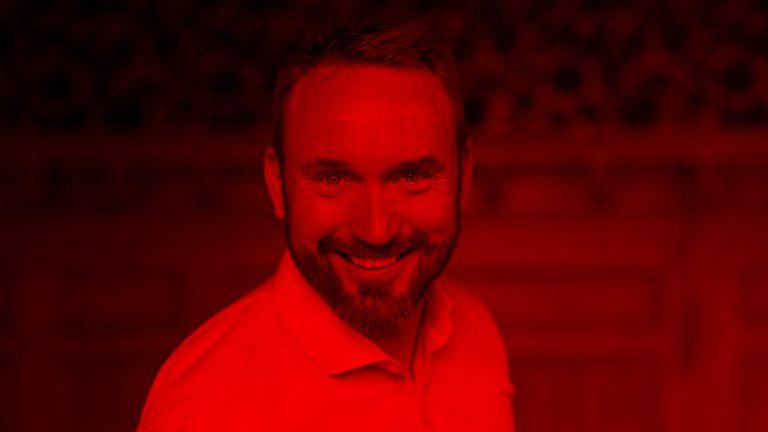 Så styr du din hjärna med rätt signalsubstanser – med TED-gurun David JP Phillips